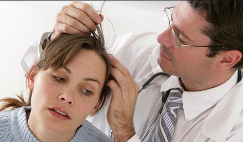badanie stanu skóry głowy